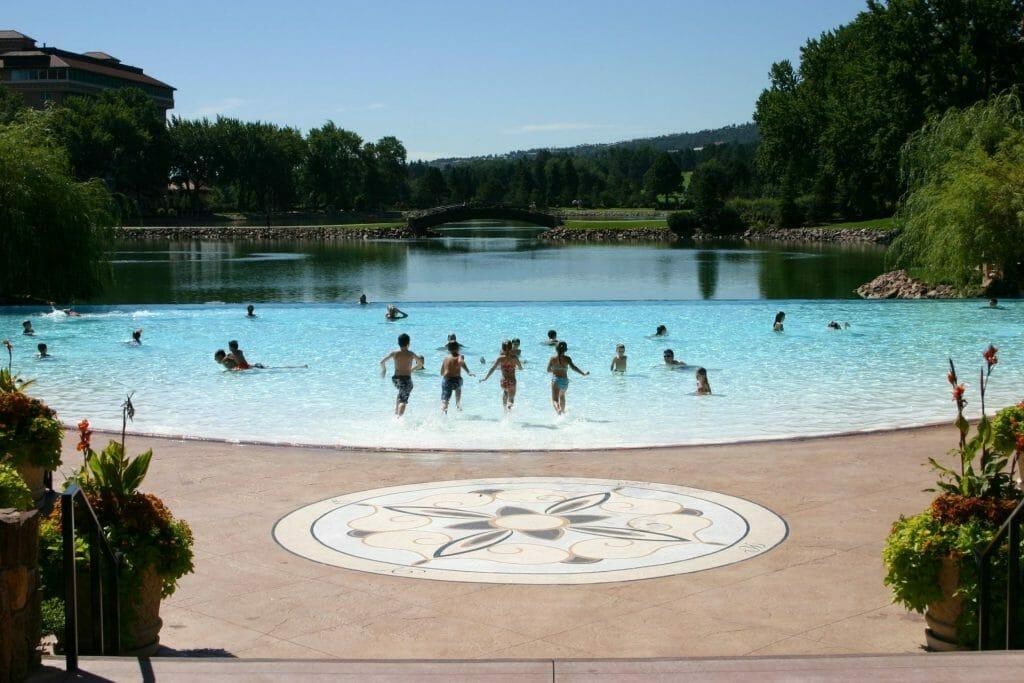 The Broadmoor's swimming pool