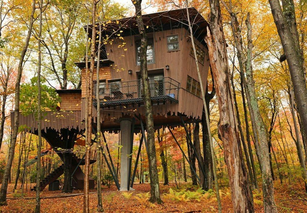 Winvian Treehouse Cottage